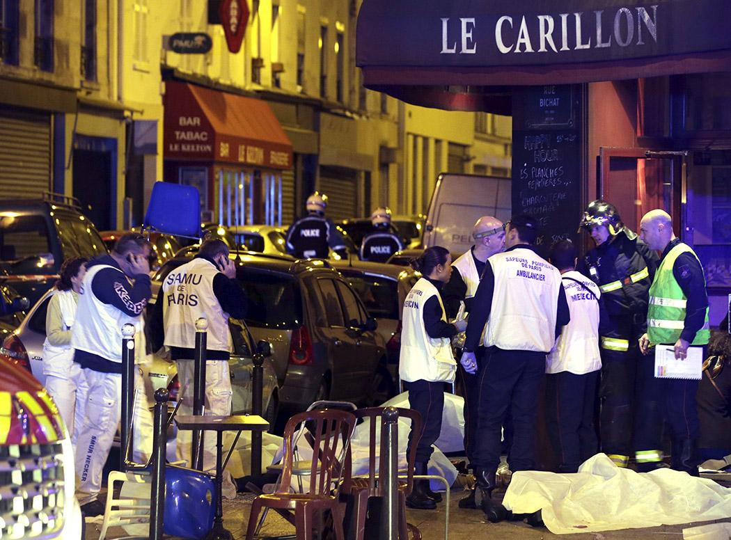 Les services du SAMU débordés par les attaques sur Paris